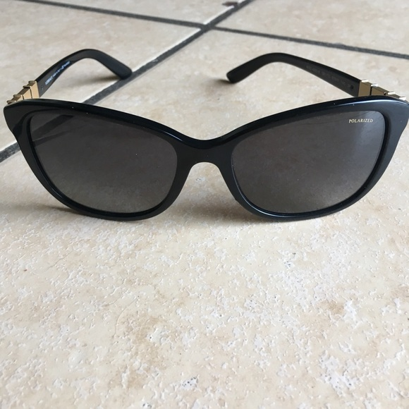 a2d87438ce9 VERSACE POLARIZED SUNGLASSES. M 5b6ef578cdc7f7ab8151989f. Other Accessories  ...